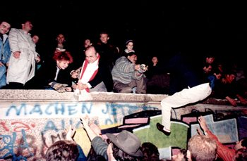 1989 German Peaceful Revolution Sparked by Spiritual Awakening