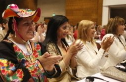 """GLOBAL PEACE WOMEN PLENARY DRAWS 1,000 WOMEN AND ASSERTS """"PEACE STARTS IN THE HOME"""""""
