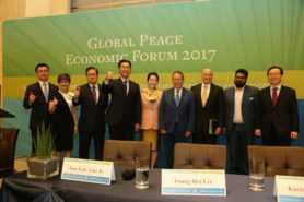 Dr. Hyun Jin Preston Moon with other panelists at Global Peace Economic Forum 2017
