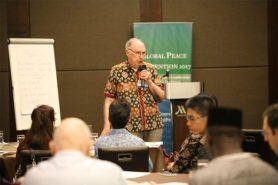 Dr. Swidler in workshop in Manila