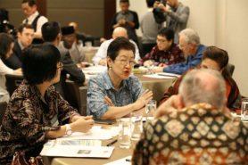 Peacebuilding workshop leaders