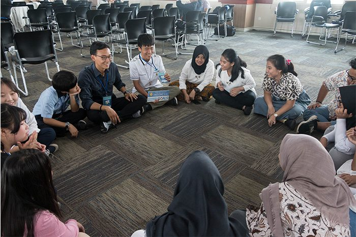 """peace circles"" at the Interfaith Assembly in Indonesia"