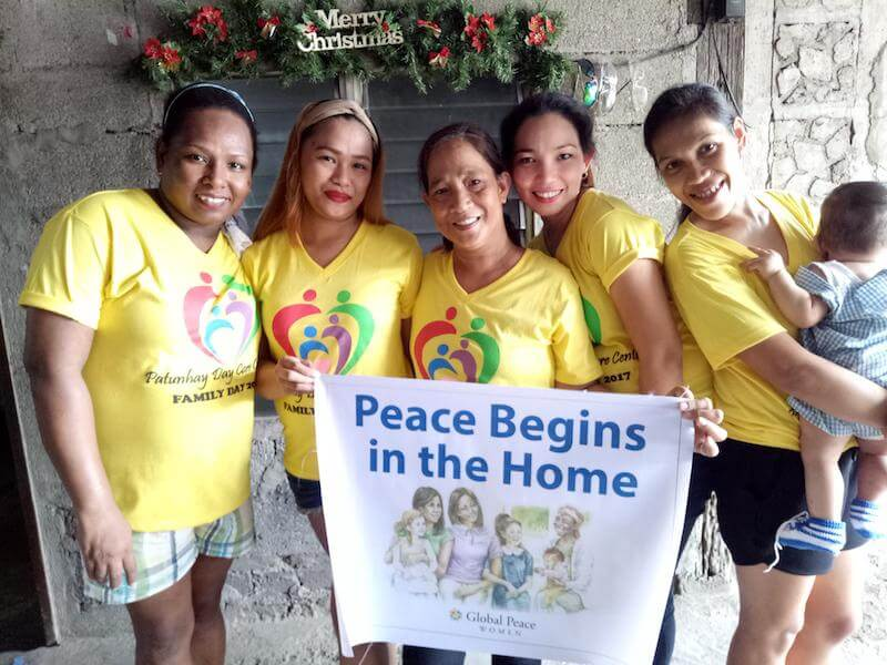 """women and families-pictures-""""Peace Begins in the Home"""